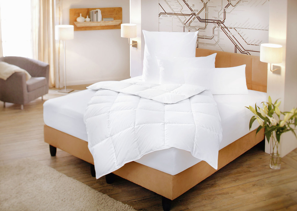 hot sale online 82c53 376e9 Piumini - DAUNA - Zollner Hotelwäsche